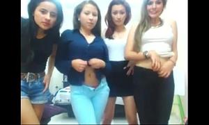 Cuatro caliente latinas desnudandose por web camera - www.hotgirlsx.net