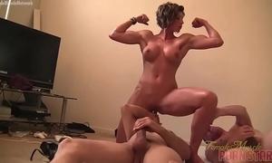Female muscle porn star goddess amazon is masturbating