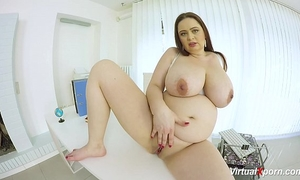 Preggo bbw hottie masturbating