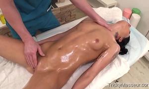 Trickymasseur.com - riana g - playful dark brown pleasure-seeker