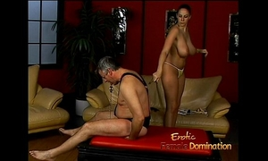 Lusty stunner gianna michaels actually enjoys thrashing a latex-clad stud-horse