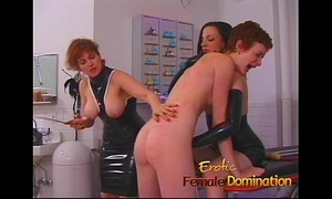 Dominatrix makes a 1st time serf cry in no time-6