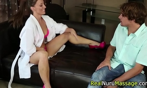 Kinky nuru masseuse fuck