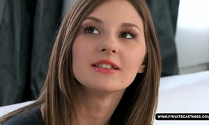 Amateur alice acquires her wazoo screwed on the casting