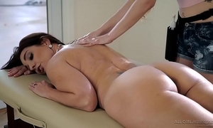 Stepdaughter does peculiar massage on her mamma - samantha hayes, mindi mink