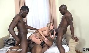 Hardcore group sex double anal double penetration interracial spunk fountain facial