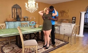 Busty bbw cougar cami cooper receive some large dark shlong