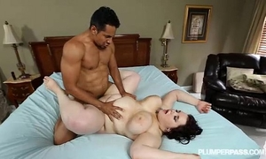 Goth breasty plumper kitty mcpherson is gangbanged by black cock