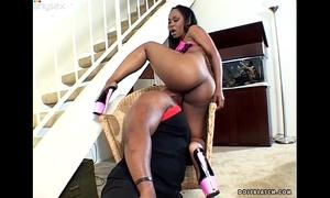 Fabulous ghetto hoe ashley licks receives her obscene anus eaten