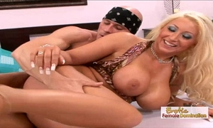 Skanky waitress acquires her pierced twat drilled