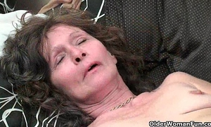 Saggy granny in nylons masturbates unshaved cookie