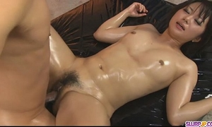 Horny chick vagina caressed and drilled hard in three-some