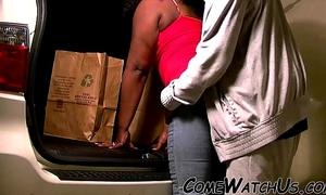 Ebony garage sex !!