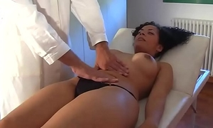 Nice brunette hair screwed by a doctor