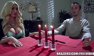 Brazzers - summer acquires revenge on her bf