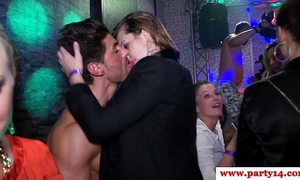 Real amateurs at euro party engulfing on cock