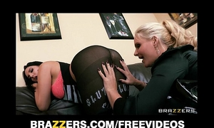 Miss martinez has her wet gazoo eaten out and drilled by phoenix marie