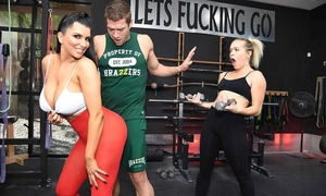 Raven-haired nympho with big boobs gets fucked hard in the gym