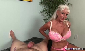 Over-granny likes jerking knobs