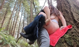 Risky public creampie with lustful pawg