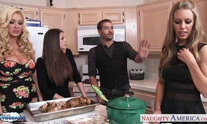 Hot beauties brooklyn follow, nicole aniston and summer brielle acquires nailed