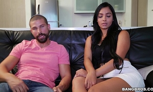 Big butt colombian valery santos films her 1st porno (cff15531)