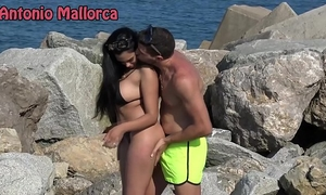 Omg that babe sucks my schlong on the beach (antonio mallorca)