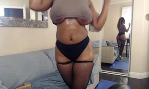 Busty ass swarthy nyla storm bonks her toys for her cam paramours