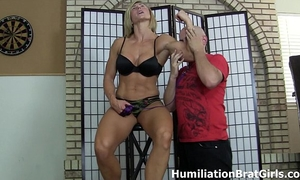 Slave worships bitch goddess rapture's muscles