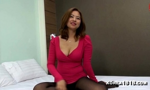 Korea1818.com - korean cleavage white women